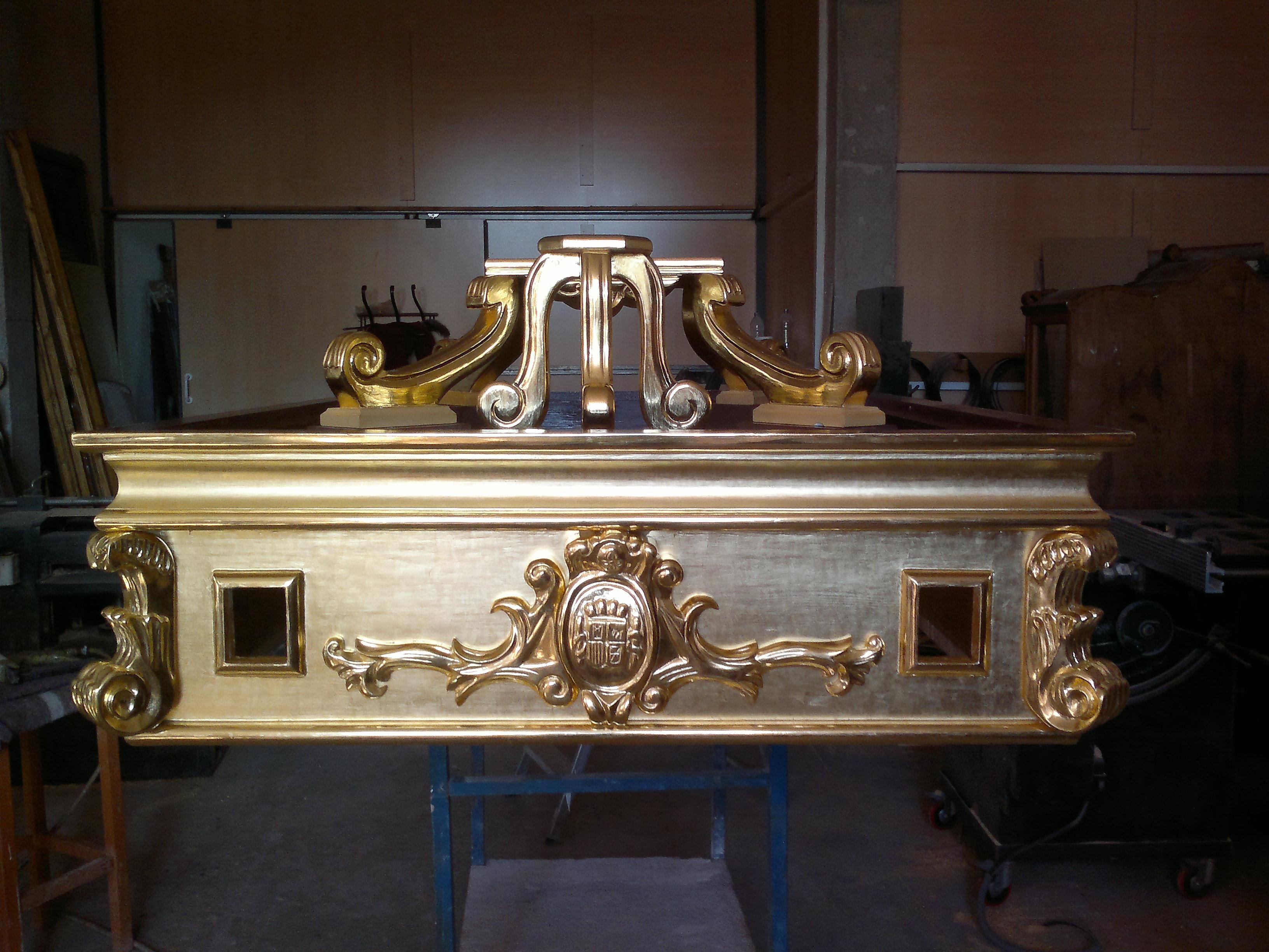 Trono Santiago Apostol en oro fino (Torrepacheco)